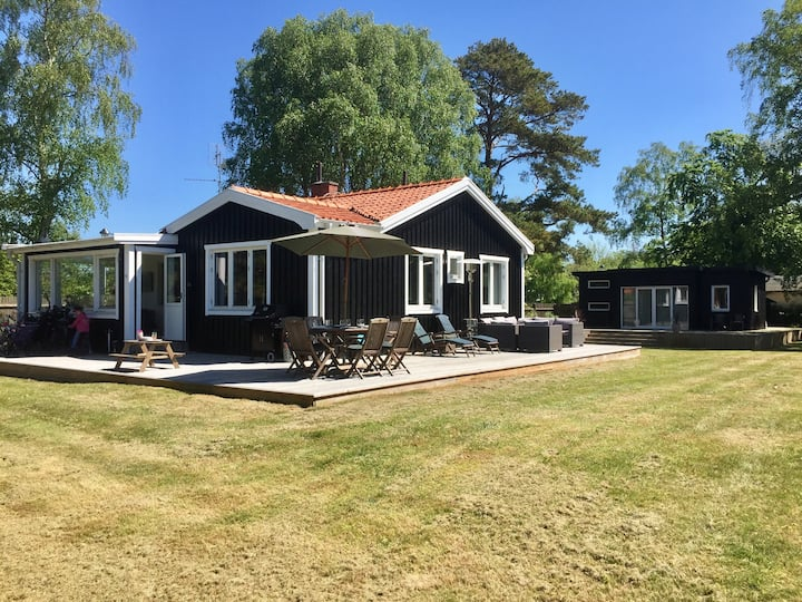 House and Guest House Falsterbo (Close to Golf)