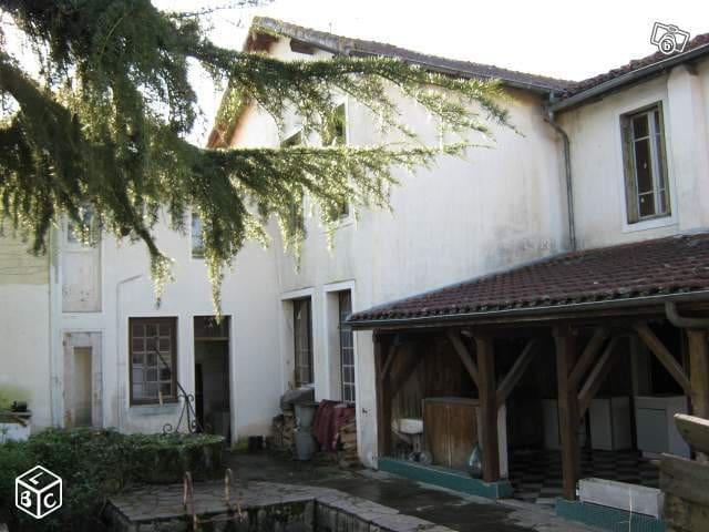 Maison Insolite en location d'été - Riscle