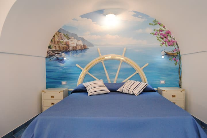 SCIROCCO APARTMENT - CENTER OF AMALFI WITH TERRACE