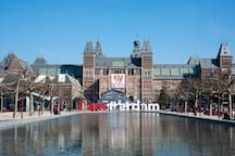 Rijksmuseum 10 minutes from apartment