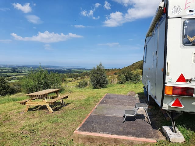 Cosy caravan with outstanding views...