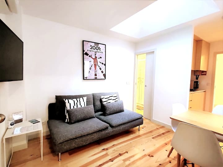 Bombarda Cinema Apartments _ 1 Bedroom Apartment