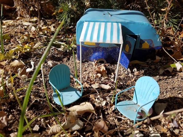 Garden camper