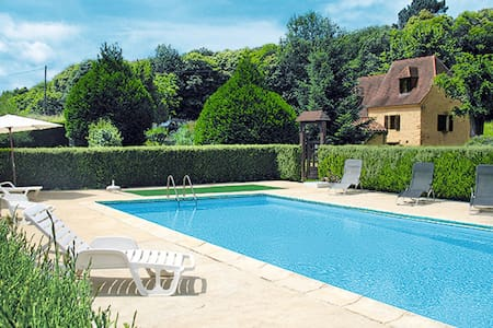Holiday home in Saint Crepin-Carlucet - Saint Genies - Dom