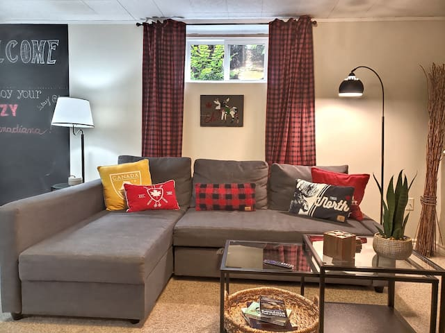 Cozy Canadiana  Basement Apartment