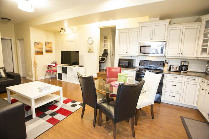 Chilliwack Family Nest 2 Bed Suite