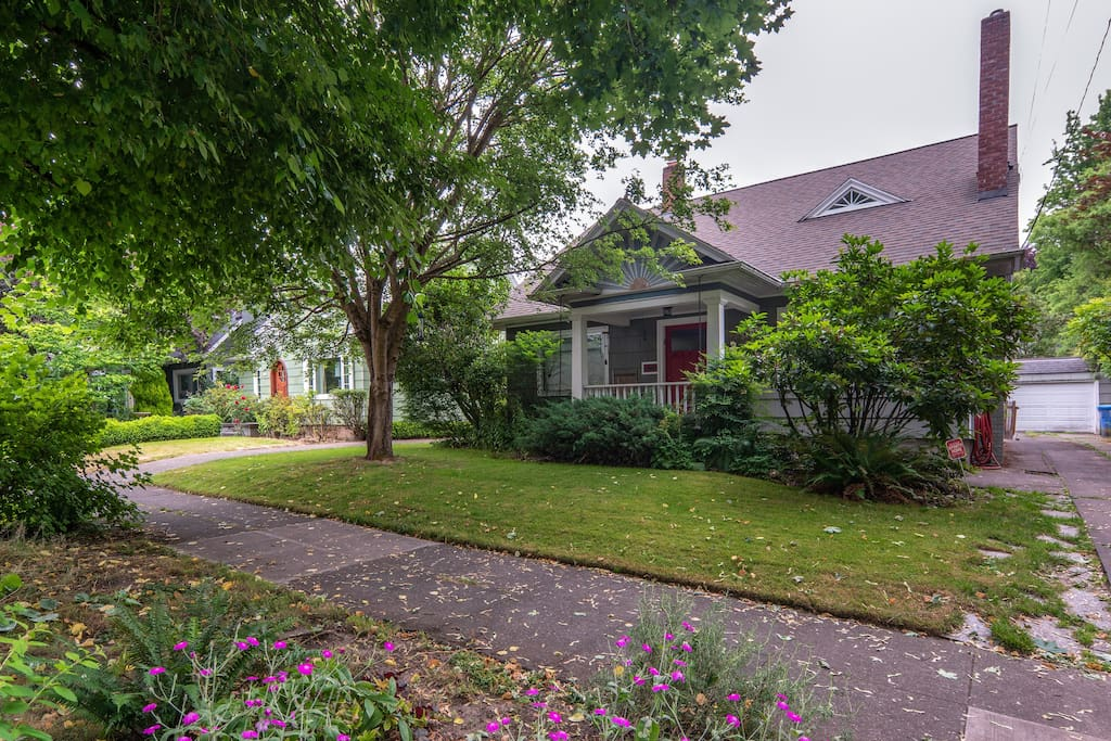 The house is in a beautiful lush neighborhood just 12 minutes from downtown Portland.