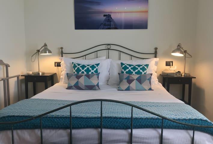 Master Bedroom - See AmiroVista.com for more details.