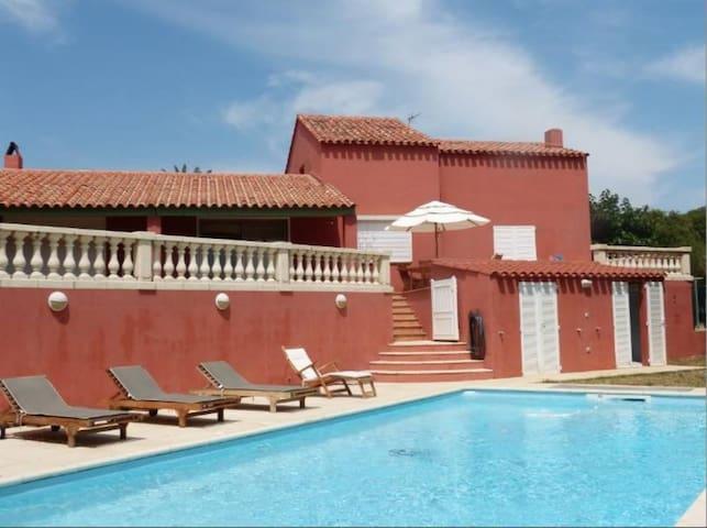Chambre chez l'habitant dans villa de caractère - Cauro