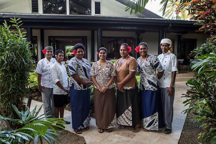 The Fiji Orchid - Private Fijian Bure