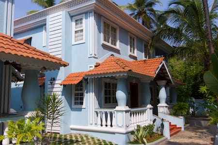 Villa Solitude Luxurious 4BHK Villa at Siolim Goa - Siolim