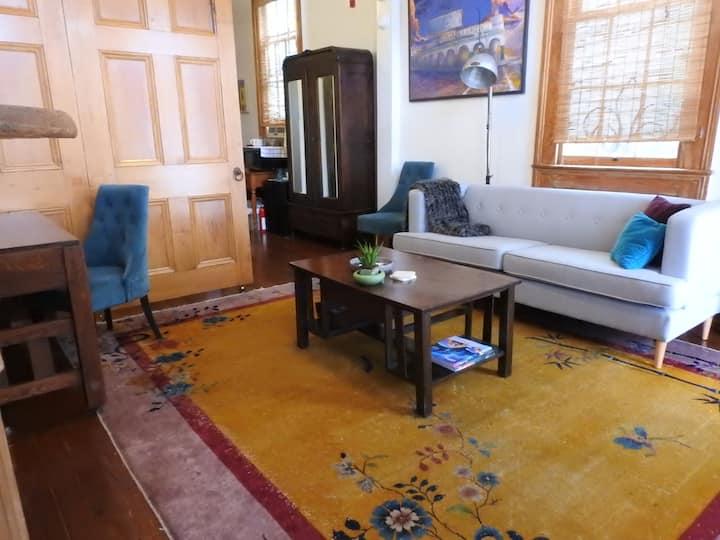 Sunny, Marigny Parlor Apartment