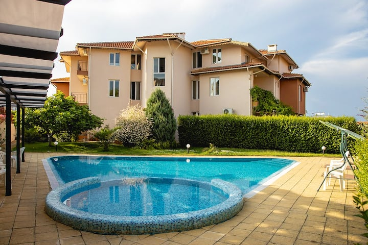 Summertime in Sozopol - Parking, POOL, View for 4