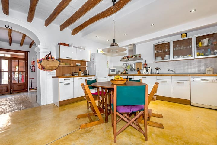 Charming Majorcan house in Porreres