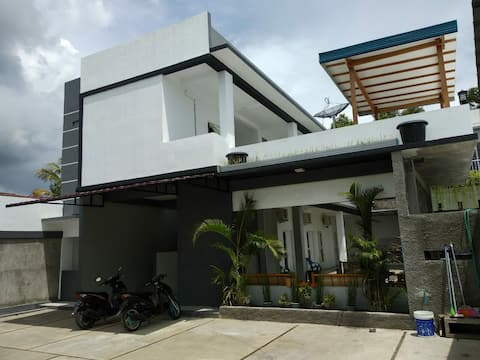 Aparthotel Guesthouse Cozy Place Stay Alor Island