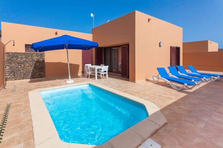 Anahi Homes Corralejo - Villa Brezo 3