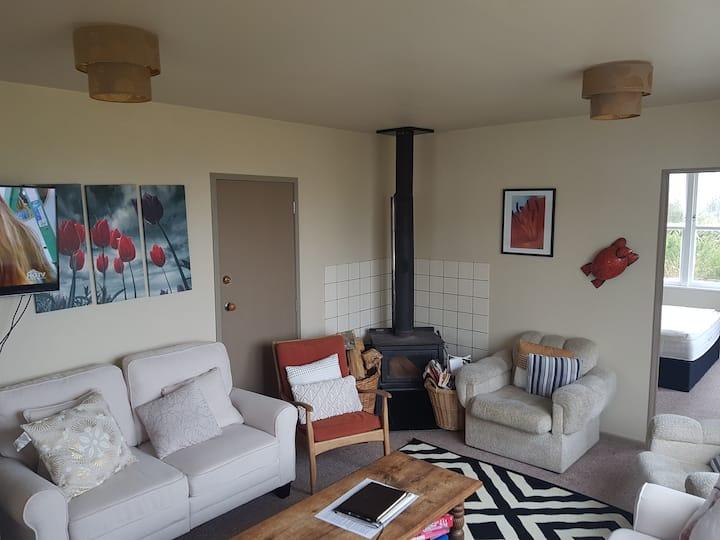 Te Honu - the comforts of home.  With Spa & wifi!