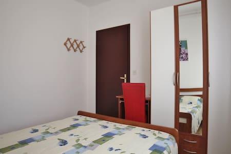 Apartments Nerina / Two bedrooms A2 - Novigrad