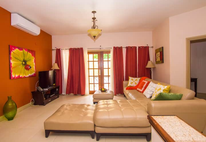 Poolside Family Suite-1001
