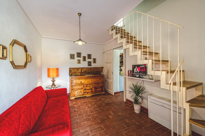 Lea: four room countryside apartment with terrace