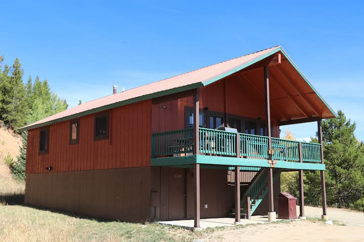 3-bedroom Cabin at Snow Mountain Ranch