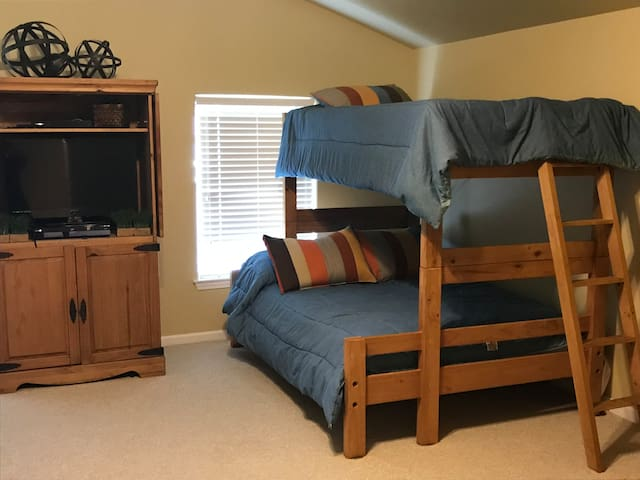Upstairs/Bunk Room