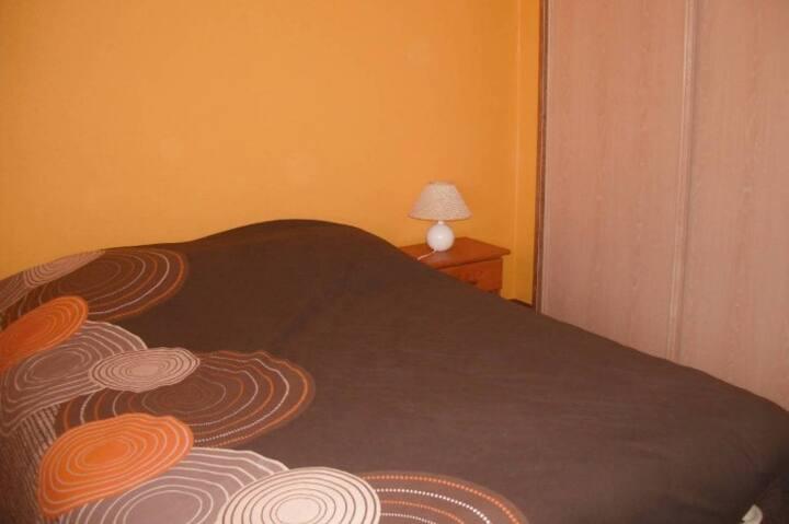 Chambre privée de 10 m² dans maison individuelle
