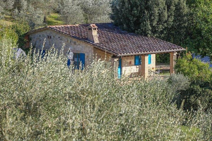 Excellent 2 bedroom Villa in Collazzone (Q4860)