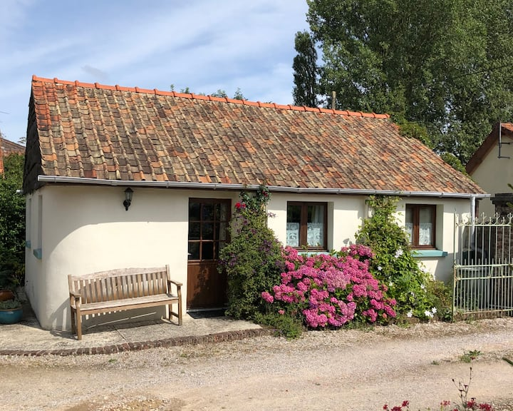 Dog friendly cottage for 3, wheelchair accessible