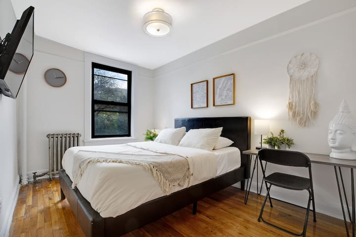 Alohause | East Village | Terrific & Spotless Room