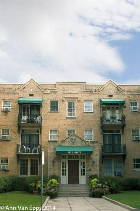 The Graham Apartments circa 1922
