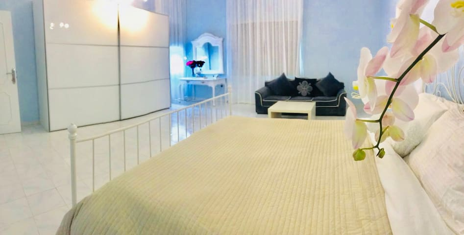 COZY WELL FURNISHED ROOM, DIFC