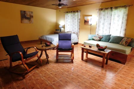 Fantastic Location - Comfortable and cozy - Nuevo Arenal - Lakás