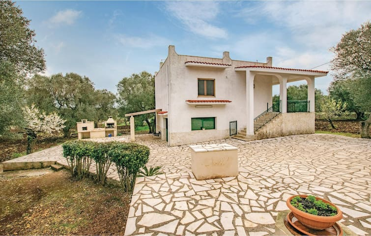 Holiday cottage with 2 bedrooms on 60m² in Ceglie Messapica