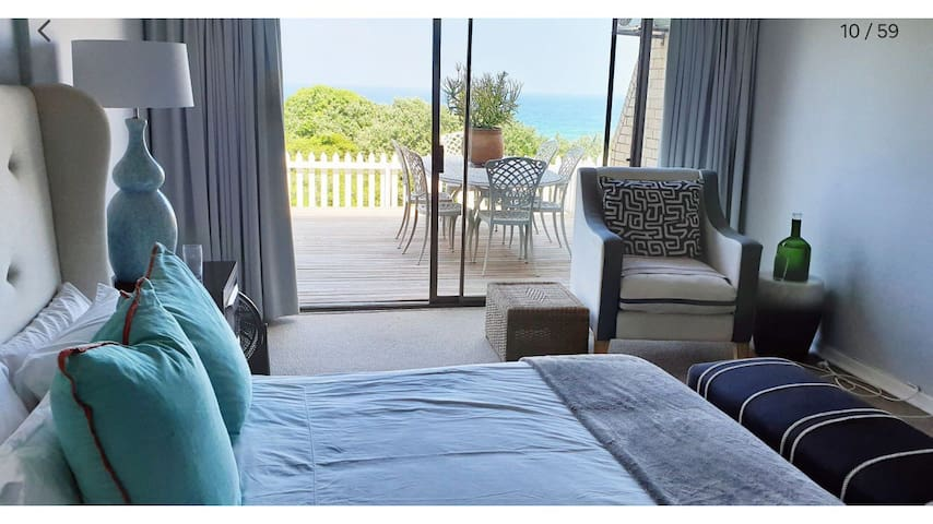 Luxury home on Umhlanga beachfront & promenade