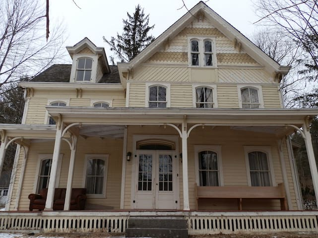 Victorian Home In The Catskills - Shandaken - Casa