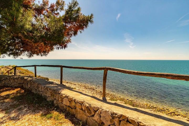 Bella Villa con accesso diretto al mare