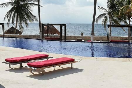 Oceanfront Condo in Riviera Maya