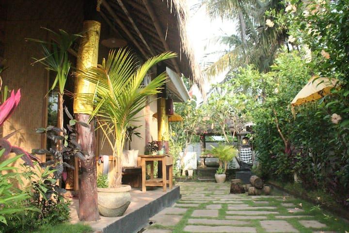 Exotic Menjangan - Rivendell's Room