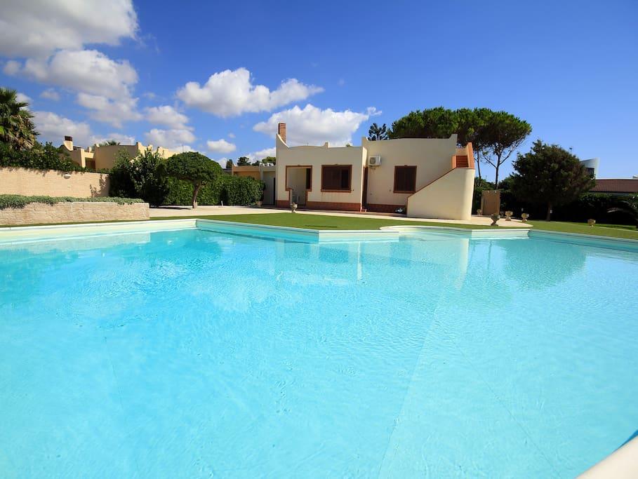 Sicily Holiday Delfini Con Piscina Vista Mare Villas For