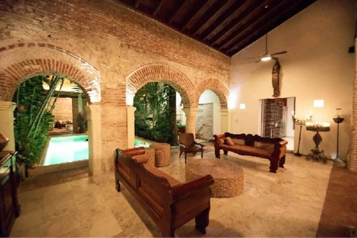 Casa MAYA Your home away from home in Cartagena.