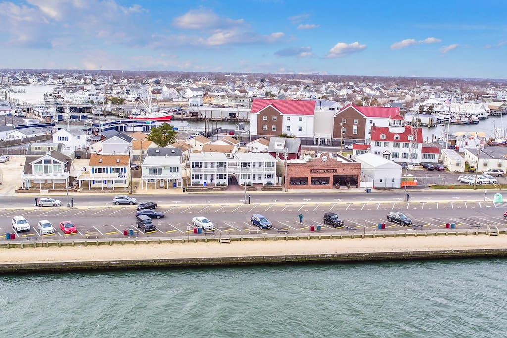 New Clean Furnished With Fabulous Inlet Views7