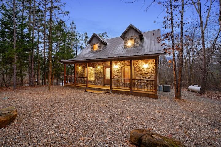 Lacewood Cottage