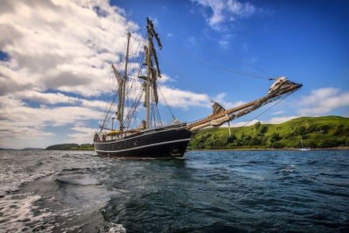 Tall Ship Lady of Avenel, Heybridge Basin