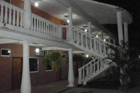 VILLA JARANA  Hotel / Posada