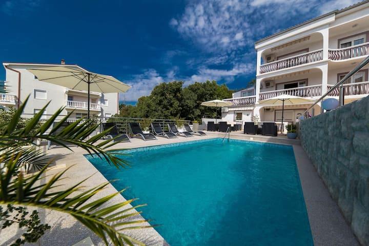 Villa Ena Studio Apartment