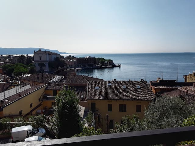 Flat overlooking Toscolano Maderno