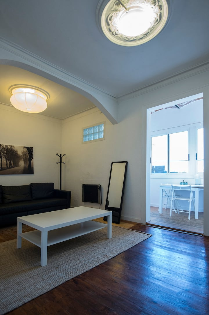 2-2 Design apartment close to sagrada familia
