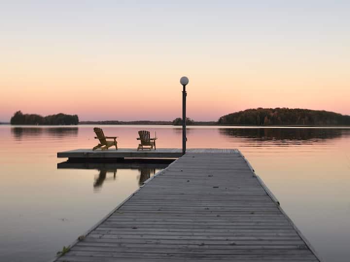Four Season Lake House, Buckhorn Lake