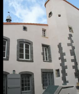 Appartement de charme plein centre - Pont-du-Château